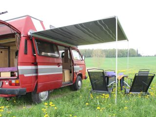 Hanggtime roter Cathago VW T3 Markise