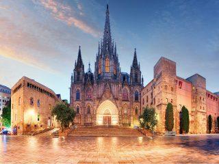 Hanggtime Barcelona Kirche