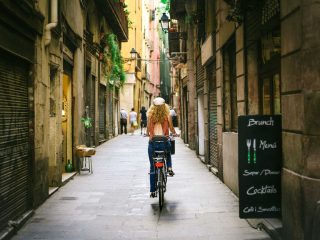 Hanggtime Barcelona Spanien